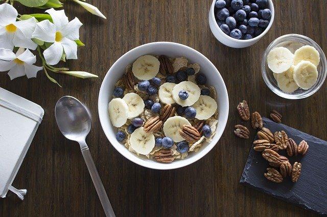 snídaně s ovocem.jpg
