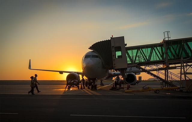 nástupní rampa u letiště